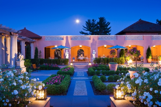 moon_over_glenmere_gardens