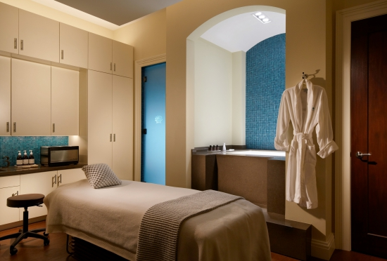 spa_treatment_room_aqua