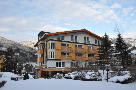 Hotel_im_Winter_1